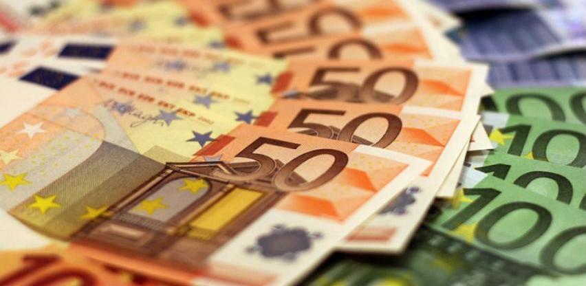 """Švajcarski franak """"oborio"""" euro"""