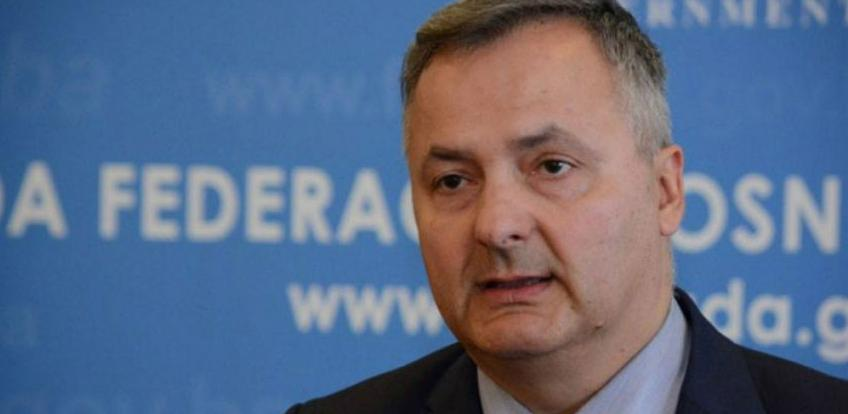 Federalni ministar trgovine najavio: Niže cijene goriva u FBiH do kraja sedmice