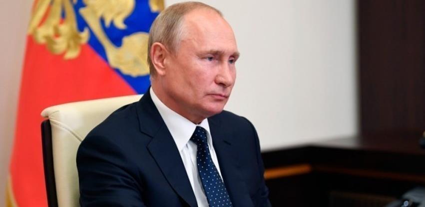 Putin potpisao zakon o stranim IT kompanijama