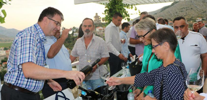 "Žilavka okupila ljubitelje vina u galeriji ""Vukoje"""