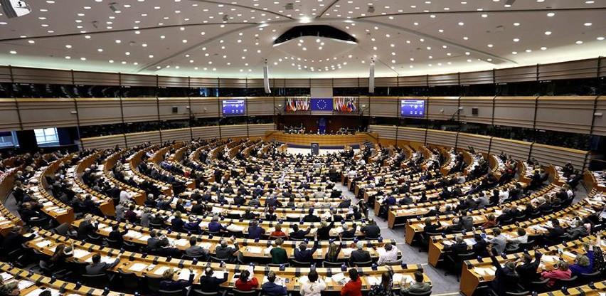Europski parlament traži usklađivanje EU-a u borbi protiv Covida-19