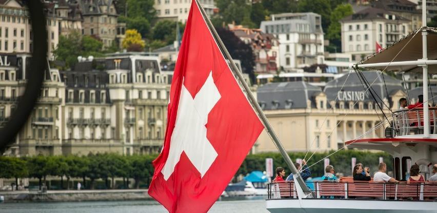 Švicarska će od 2022. oporezivati i mito