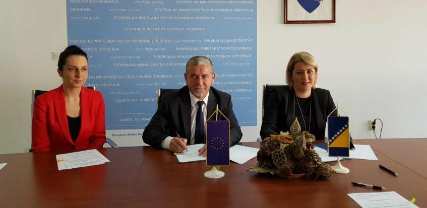 Za obnovu tri školska objekta u Kantonu Sarajevo 1,2 miliona KM