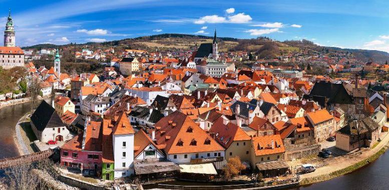 Češka usvojila zakon o porodiljnom bolovanju za očeve