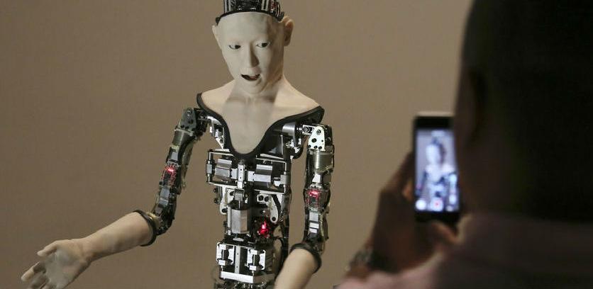 Za 30 godina vodeći direktori bit će roboti