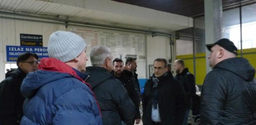 """Radnici Zenicatransa i pored neizvjesnog ishoda """"odmrznuli"""" štrajk glađu"""