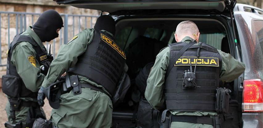 U akciji FUP-a na Ilidži uhapšene dvije osobe koje se terete za reketiranje