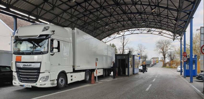 Špediteri od UIO zahtijevaju uslove u Bijeljini kao u Gradišci