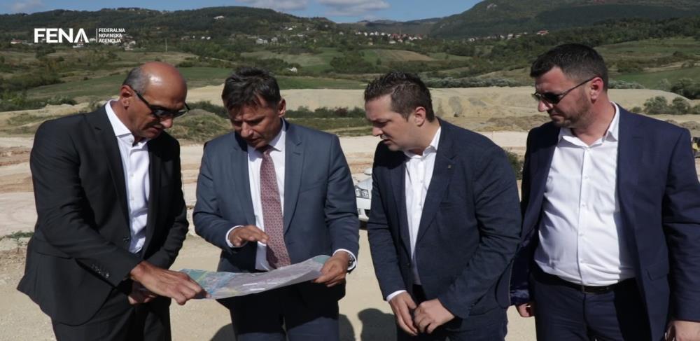 Novalić, Pravdić i Kovač obišli radove u Vogošći i Šipu