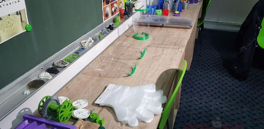 Studenti na zeničkom univerzitetu počeli printanje 3D zaštitnih vizira