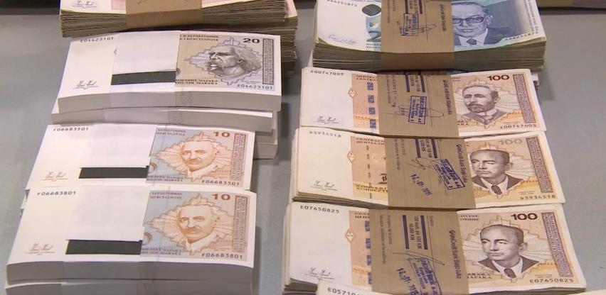 Isplaćeno više od 1,3 miliona KM za povećanje plata u RS-u