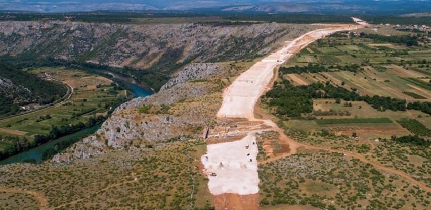 Radovi na autocesti Buna - Počitelj dužine 7,2 km završavaju za tri mjeseca