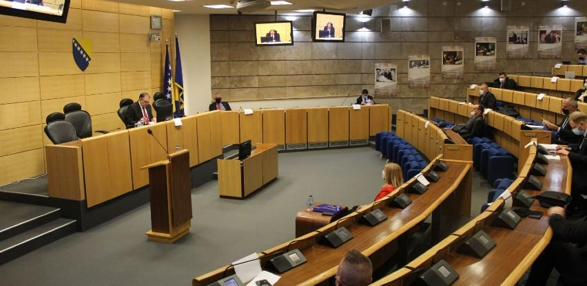 Blokada Komisije se nastavlja, investicije i akvizicije privrednika čekaju politički dogovor