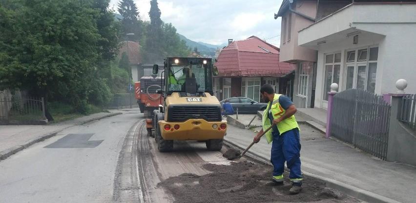 Nastavljeni radovi na sanaciji glavne saobraćajnice u ulici Humska