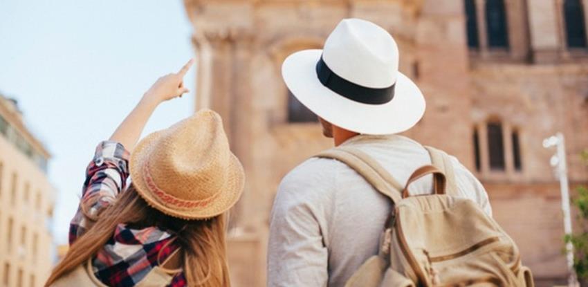 Direktor Booking-a upozorava da će cijene ljetnih odmora značajno porasti