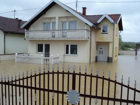 Jedina prava zaštita od poplava je osiguranje: Naplata štete za tri dana