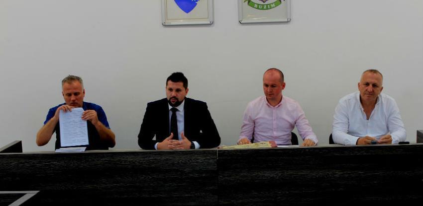 U Bužimu potpisani ugovori za osam lokalnih putnih pravaca