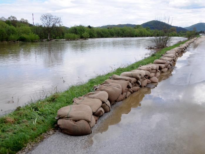 Vlast u BiH: Malo registar, malo vaučeri, a odbrane od poplava nigdje