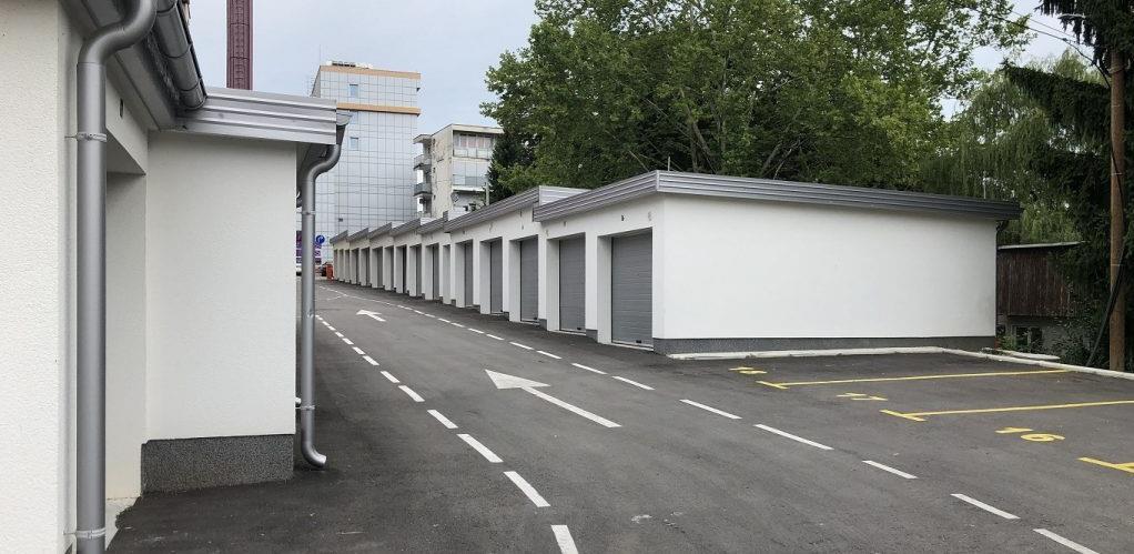 Velika Kladuša: Potpisan Ugovor o izgradnji garaža sa ostavama