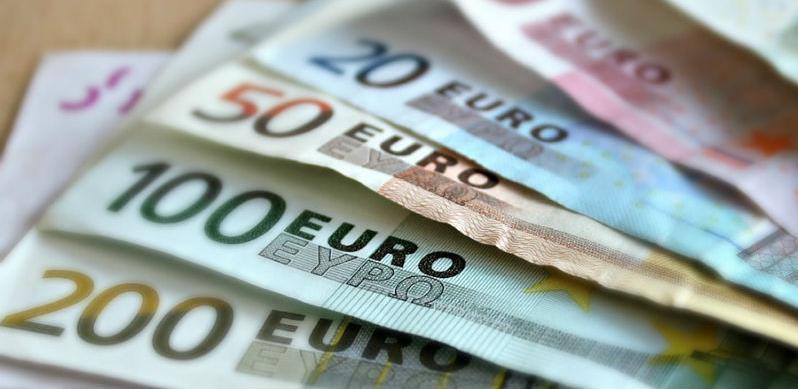 Evo kolike su plate u Evropi, a za koliko mi radimo!