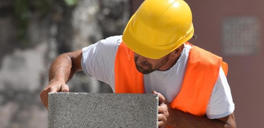Privredna komora KS organizuje besplatnu obuku za obavljanje poslova zidara
