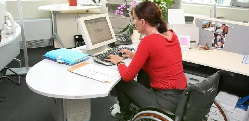 Tri miliona KM za novo zapošljavanje osoba sa invaliditetom