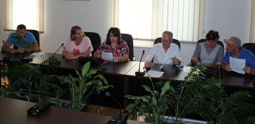 Općina Bosanska Krupa sa NVO potpisala ugovore o (su)finansiranju projekata