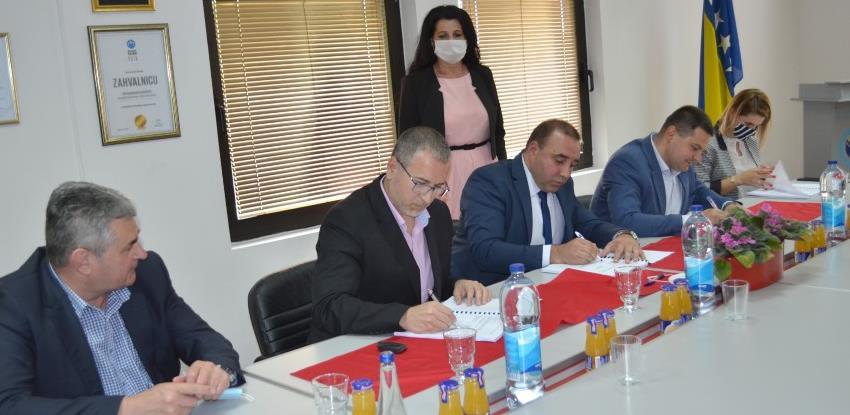 Potpisan ugovor o početku rekonstrukcije platoa JP 'Luka Brčko'