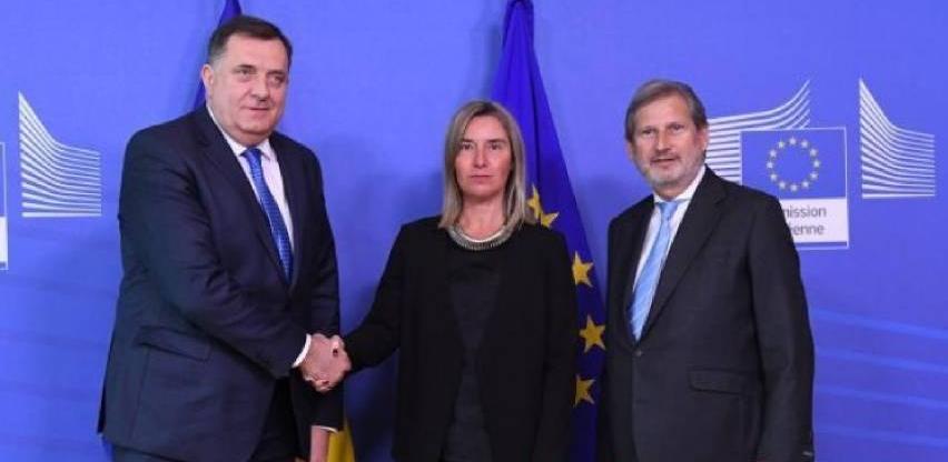 Dodik u Briselu uručio odgovore na dodatna pitanja iz Upitnika EK