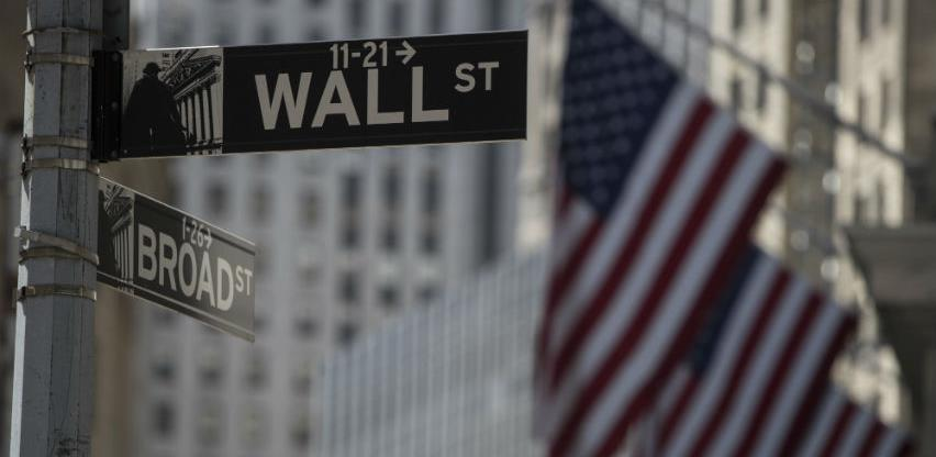 Wall Street skliznuo s rekordnih razina zbog koronavirusa