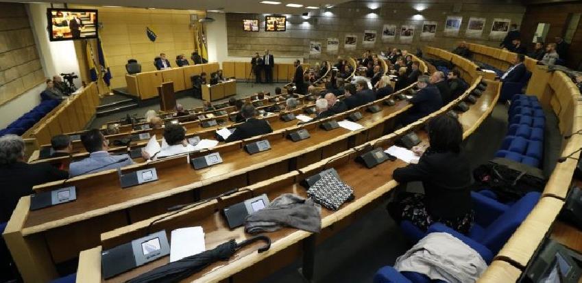 "Poslodavci pozvali zastupnike da ne usvoje ""Korona"" zakon"