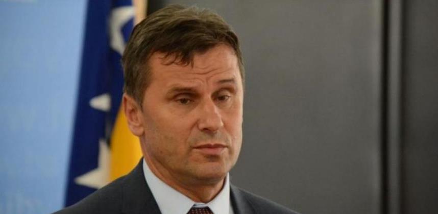 Novalić: Vlada FBiH nije nabavna služba, Solak je potpisao odluku