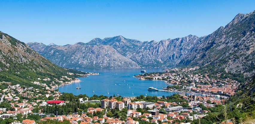 Crna Gora otvorila granice ruskim građanima za spas sezone