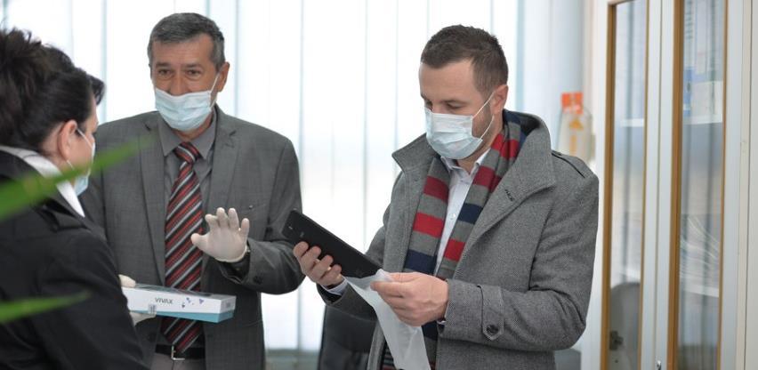Općina Novi Grad izdvojila 40.000 KM za nabavku tableta osnovcima