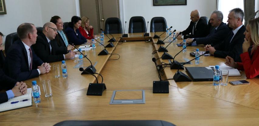 Šarović: Hitno usvojiti zakon o električnoj energiji i spriječiti dalje štete