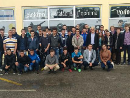 MS&WOOD organizovao odlazak učenika iz Fojnice na Sajam privrede u Tešnju