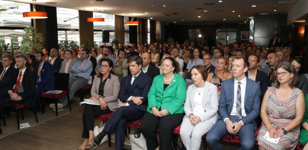 """Konferencija """"Reconnect"""" okupila više od 230 učesnika iz BiH i dijaspore"""