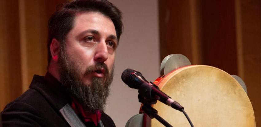Turski vokalista Ahmet Erdoğdular nastupa u BKC-u