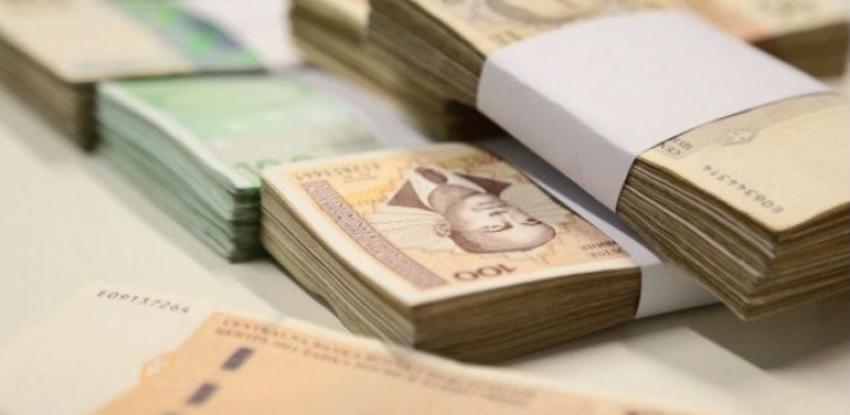 Građani u RS-u štede u devizama, manje povjerenje u KM