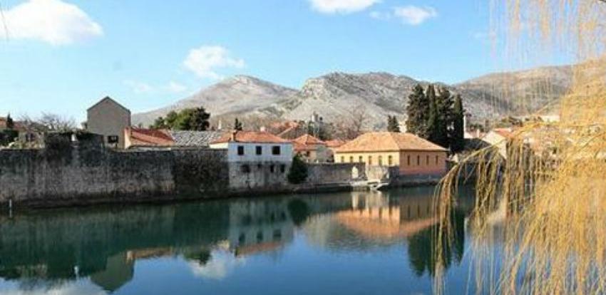 Počela obnova preostalog dijela zidina trebinjskog Starog grada