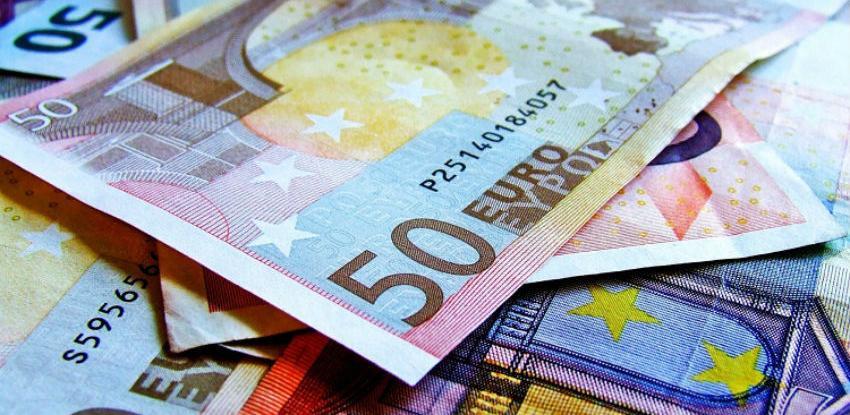 EU deblokira 1 milijardu eura pomoći Ukrajini uz uvjet financiranja putem MMF-a