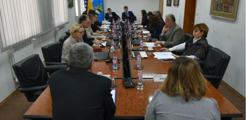 Vlada TK: Intervencije javnim preduzećima i privrednim društvima