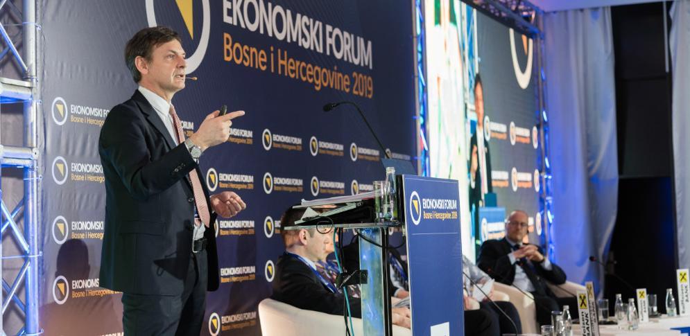 Hošo: Samo biznis može kreirati ekonomski prosperitet zemlje