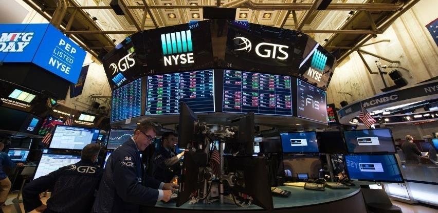 Američke dionice pale zbog rastućeg straha od sporijeg ekonomskog rasta