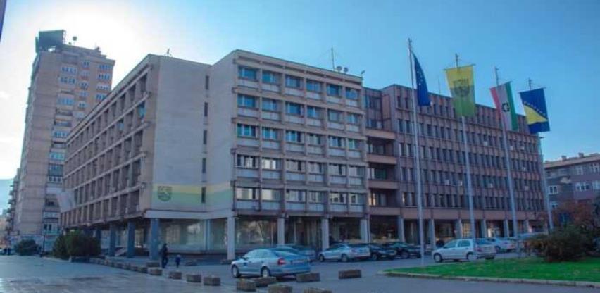 Grad Zenica će finansirati troškove prijevoza učenika srednjih škola