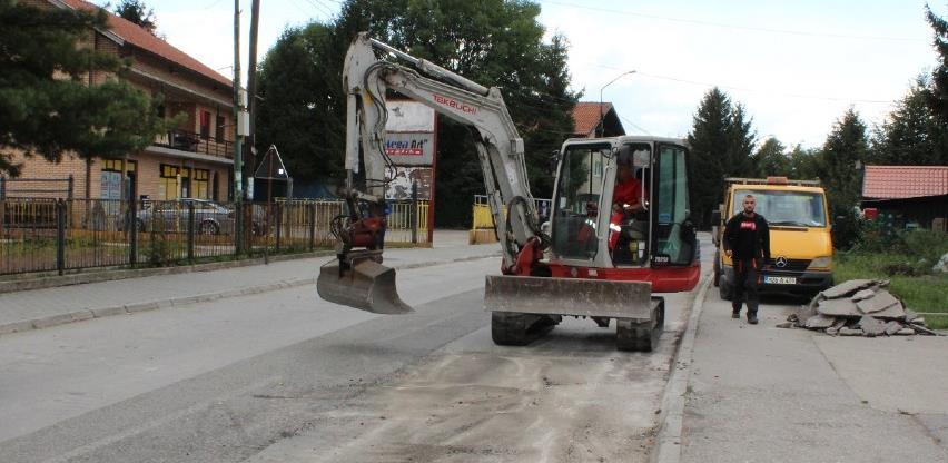 Počeli radovi na ekonstrukciji glavne gradske ulice u Živinicama