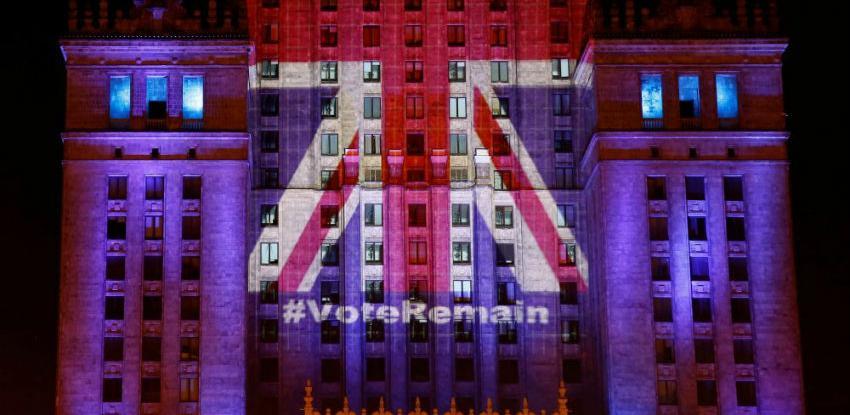 Pristaše Brexita pokrenuli kampanju protiv planova Therese May