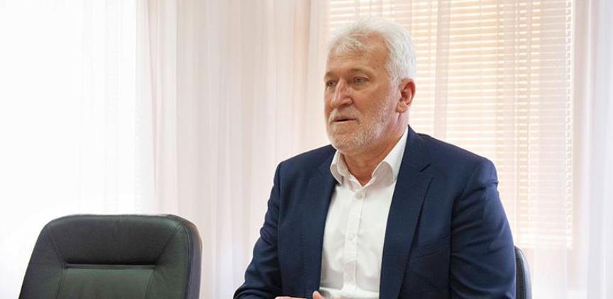 Ejubović: Zbog zabrane rada ugostiteljima i hotelima napravljene ekonomske štete