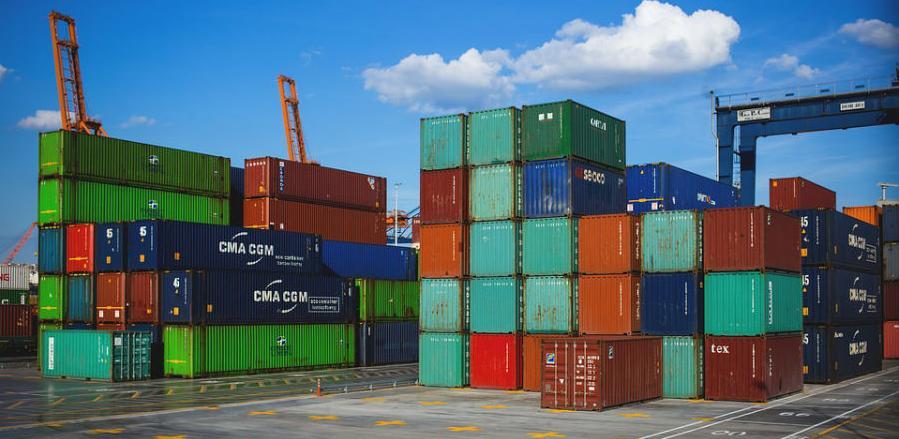 U januaru izvoz smanjen za 10,8 odsto, a uvoz povećan za 2,9 odsto