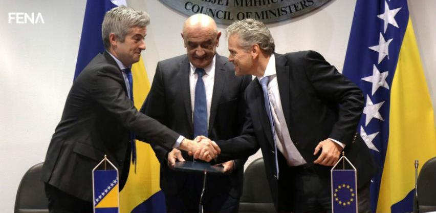 Potpisana tri ugovora sa EIB-om u vrijednosti od 68 miliona eura (Video)
